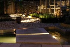 Iluminated walkway